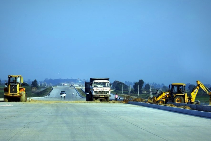 Record 7,400 Km Road Contracts Worth Over Rs 1 Lakh Crore Awarded By NHAI On The Back Of Procedural Reforms