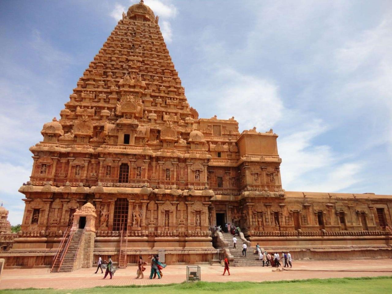 Brahadeeshwarar Temple, Thanjavur