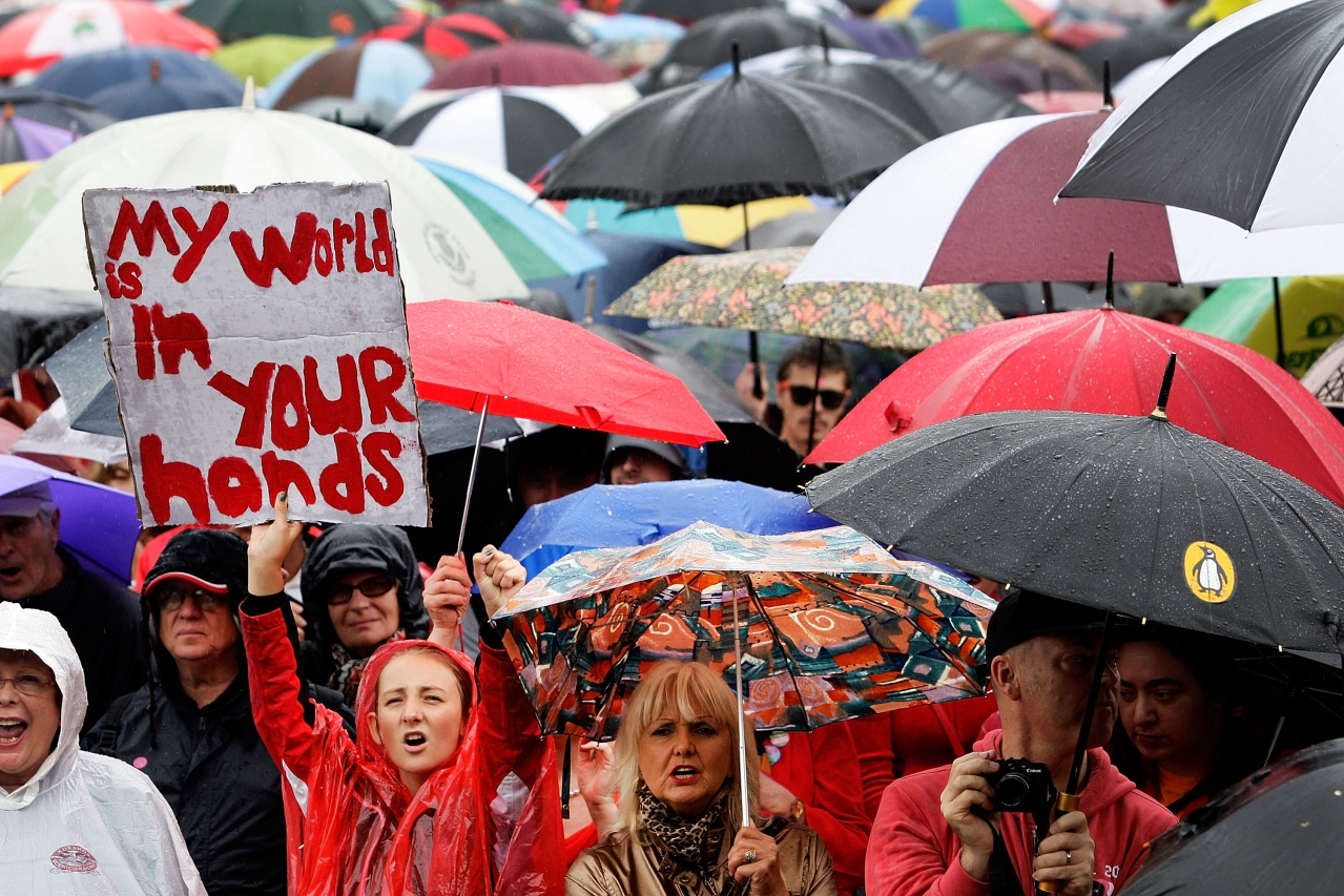Protesters rally against global warming in Sydney, Australia. (Lisa Maree Williams/GettyImages)