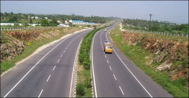 UPA-Era National Highways Created Quite A Mess, Nitin Gadkari Needs To Fix This First