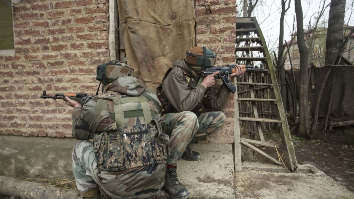 Terrorists Fire Upon Army Patrol In Pulwama Even As Centre Announces Ceasefire In Kashmir For Ramzan