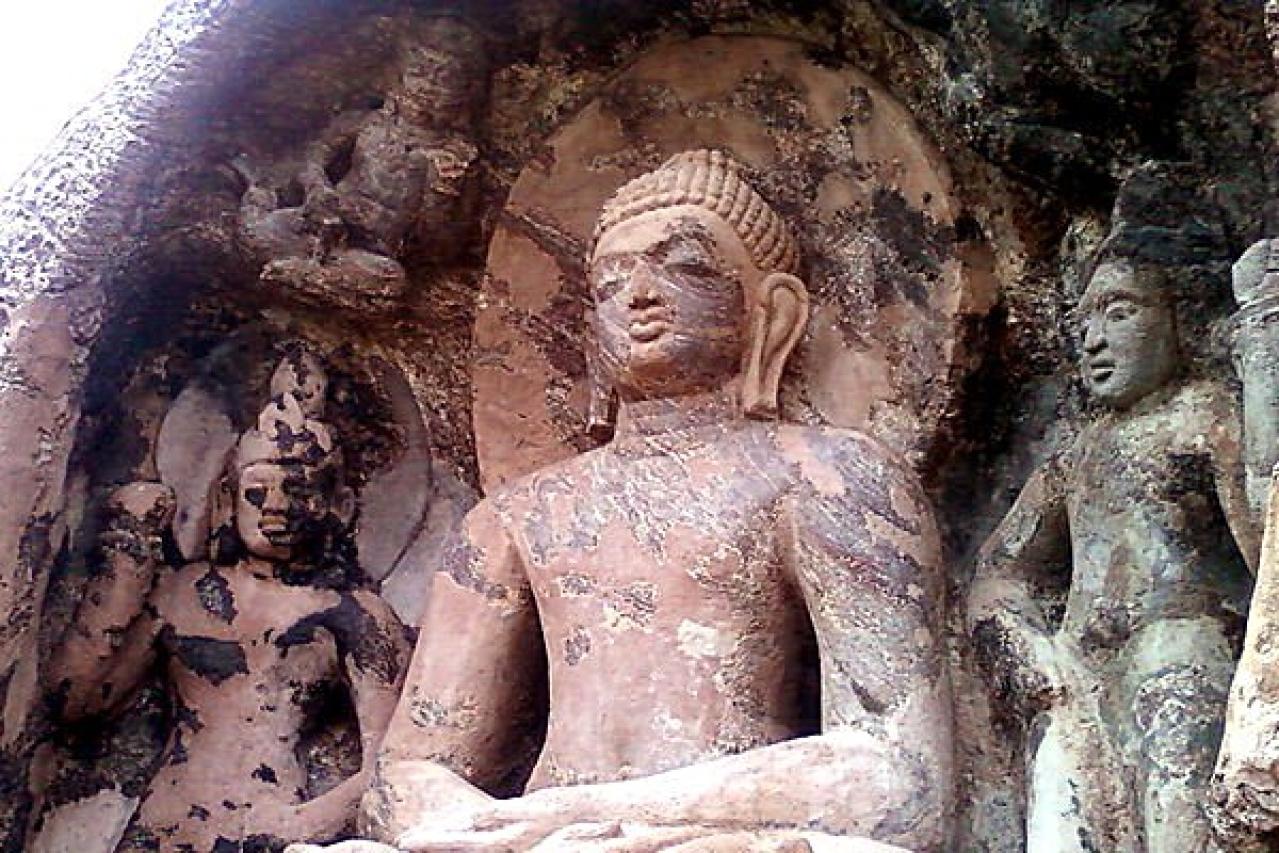 A Buddha statue in Andhra Pradesh (Adityamadhav83/Wikemedia Commons)