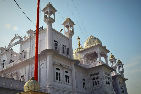 Punjab Gurdwaras Voluntarily Start Switching Off Loudspeakers Following Akal Takht Edict