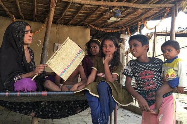 600 Pakistani Hindu Refugees Are  Powerless In Scorching Delhi. Are They Being Discriminated Against?