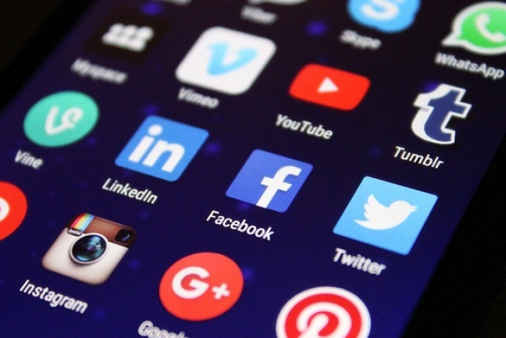 Wise After 16 April  'WhatsApp Hartal', Kerala Police Set Up Social Media Team To Look Out For Trouble Makers