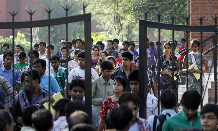 Producing Unqualified Engineers? Centre Wants To Make IIT Entrance Exams Easier To Fill Vacant Seats