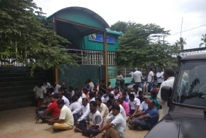 Former AIADMK Councillor Locks Up Yoga Centre In Coimbatore To Prevent Celebration Of International Yoga Day