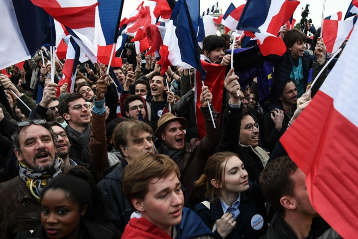 France To Bring Back Mandatory National Service For All 16-Year Olds Amid Popular Support
