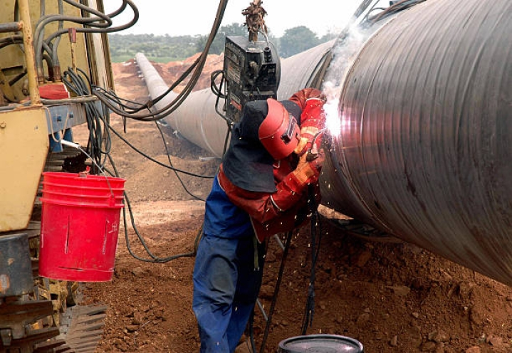 Good News For Poor Families In Gujarat: They Can Now Get Piped Gas