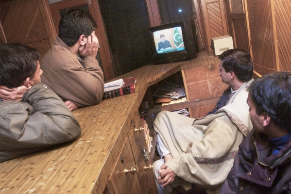 Telecast of 30 Pakistani and Islamic Channels Banned In Jammu & Kashmir
