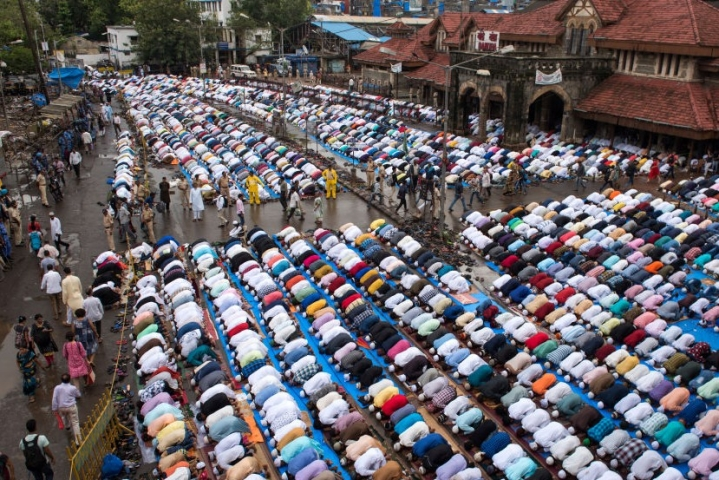 Ayodhya: Namaz On Saryu Bank Cancelled After Protests By Seers