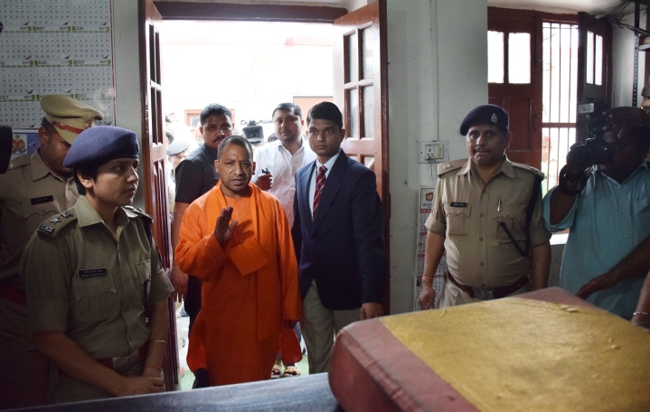 Yogi's 'Anti-Romeo Squads' A Success? Over 2,400 FIRs Lodged, Action Taken Against 4,300  In Two Years