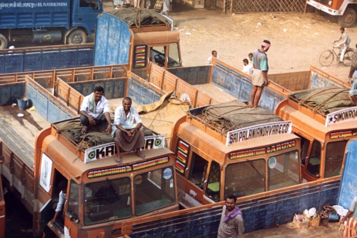 Truckers' Strike Hits Auto Industry's Production Plans