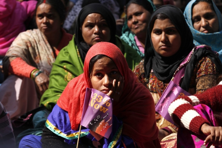 BJP Has Little  To Gain By Tying  Women's Quota  To Passage Of Triple Talaq Bill