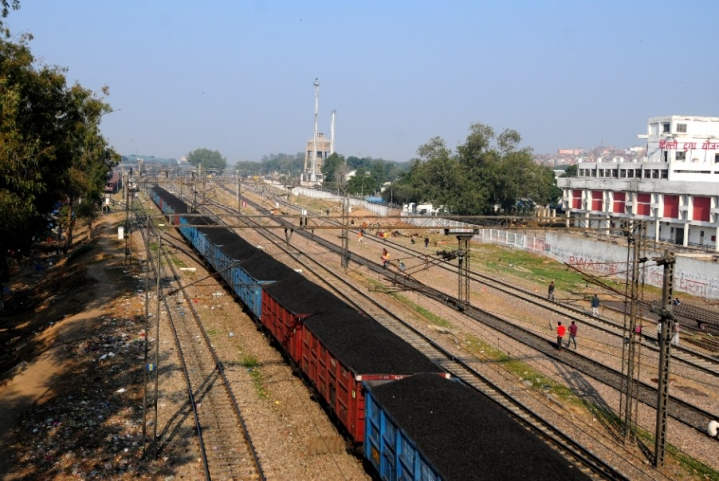 Indian Railways To Lay 4,100 km Of Tracks; Northern Coalfields To Invest Rs 6,000 Crore