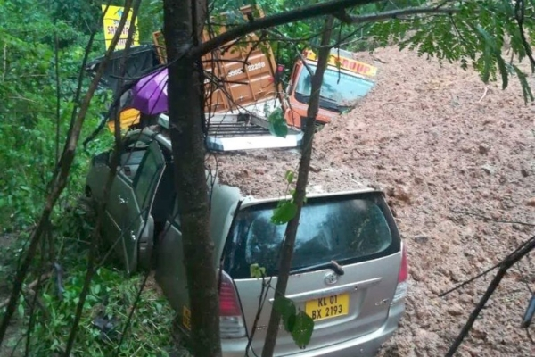Rain Fury In Kerala: 40 Killed In A Day Even As Rescue Operations Stepped Up