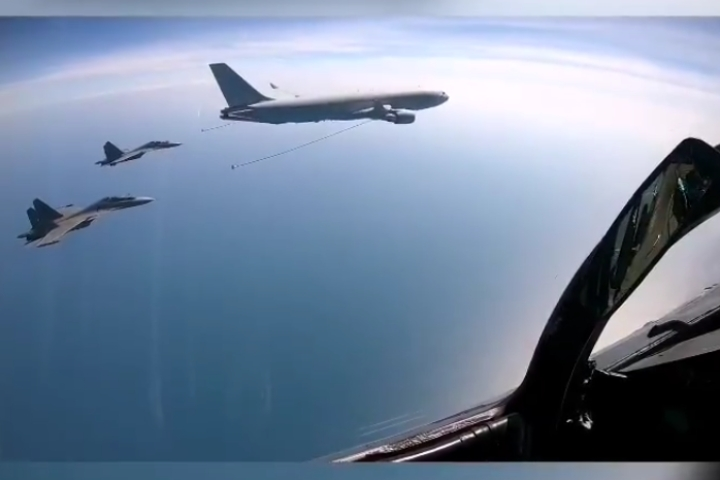 Watch: IAF's  Su-30MKIs Tank Up Fuel Mid-Air From Australian Air Force's Tanker For The First Time