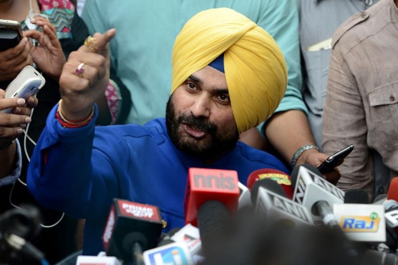 Become Drug Vigilantes: Navjot Singh Sidhu To Punjab Youth