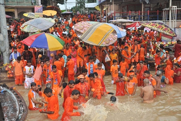 Muslim Man Assaulted At Mosque For Participating In Kanwar Yatra Threatens To Become Hindu If Not Given Justice