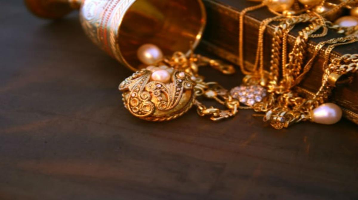 Gold Price : तो क्या देश में Lockdown की वजह से सोने की कीमत पड़ गयी फीकी? जानिए, सर्राफा बाजार में क्या है भाव...