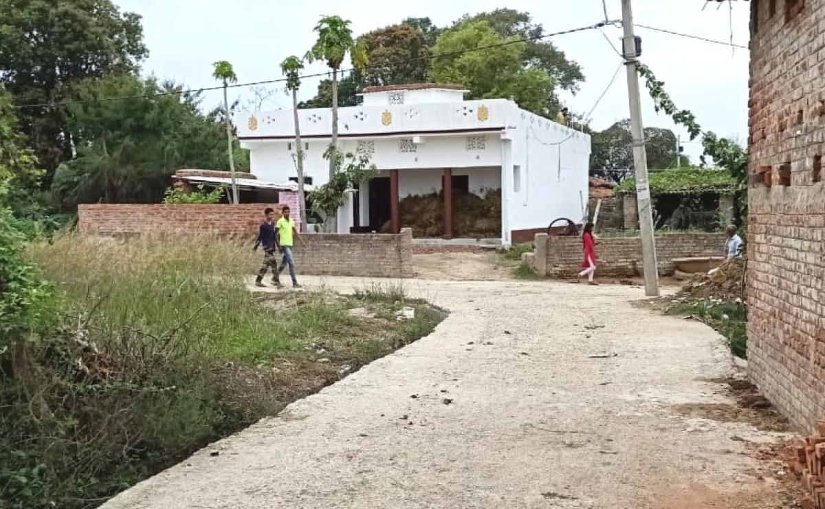 निर्भया कांड : अक्षय के पैतृक गांव के घरों में नहीं जले चूल्हे