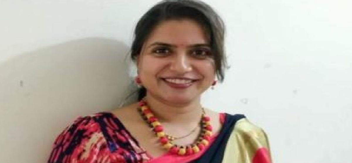 Corona Fighter : मीनल ने बच्चे को जन्म देने से पहले बनाई भारत की पहली कोरोना किट