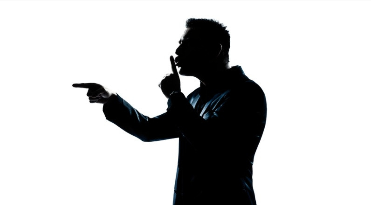 फर्जी पत्रकार बन युवक ने प्रधान शिक्षिका को धमकाया, पुलिस ने दबोचा