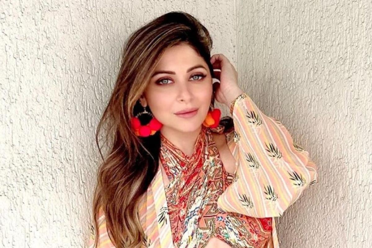 Kanika Kapoor का पांचवां कोरोना टेस्ट भी पॉजिटिव, प्रोफेसर धीमान ने बताया- अब कैसी है हालत?