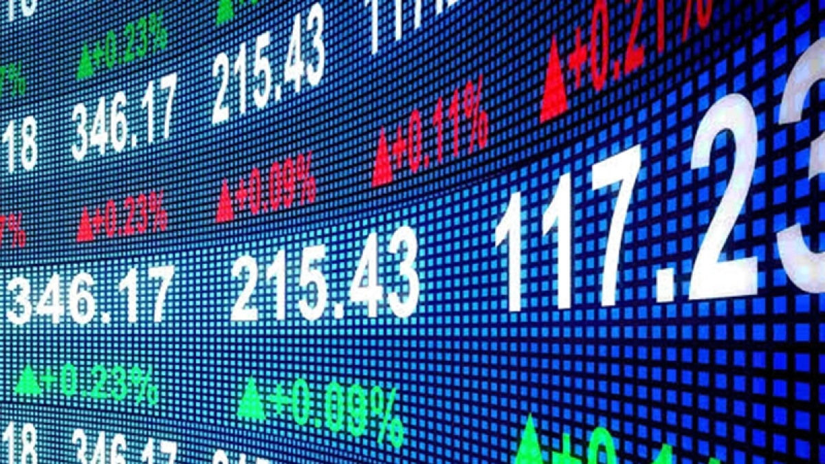 Stock Market Live: भारी गिरावट के साथ खुला शेयर बाजार, 1000 अंक लुढ़का सेंसेक्स