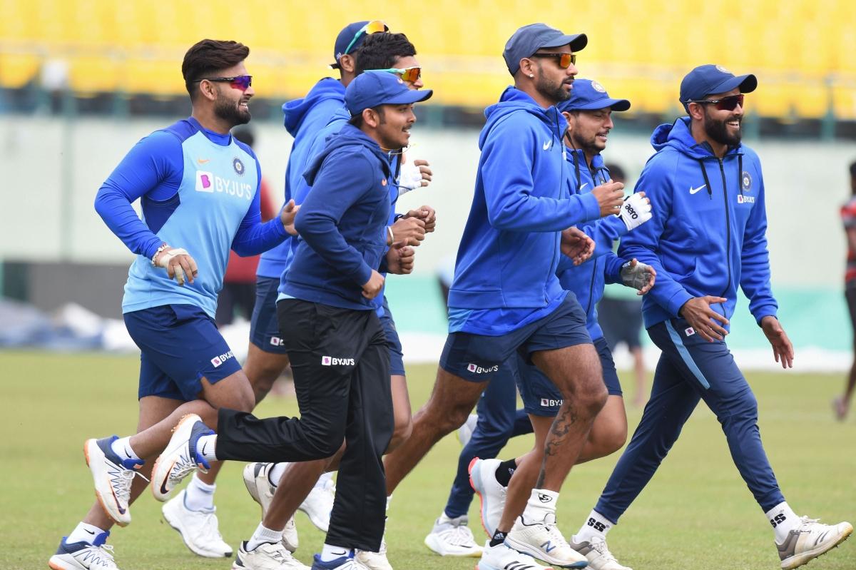 भारत और दक्षिण अफ्रीका के बीच गुरुवार से धर्मशाला में 3 मैचों की एकदिवसीय सीरीज शुरू होने जा रही है. इससे लेकर टीम इंंडिया पूरी तरह तैयार है.