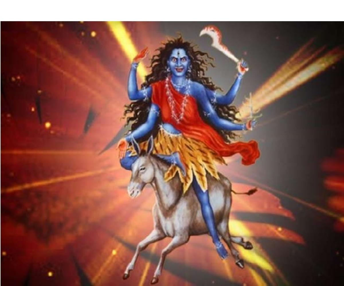 Chaitra Navratri 2020 : मां कालरात्रि की होगी आज अराधना,इस आरती को पढ़कर करें देवी को प्रसन्न