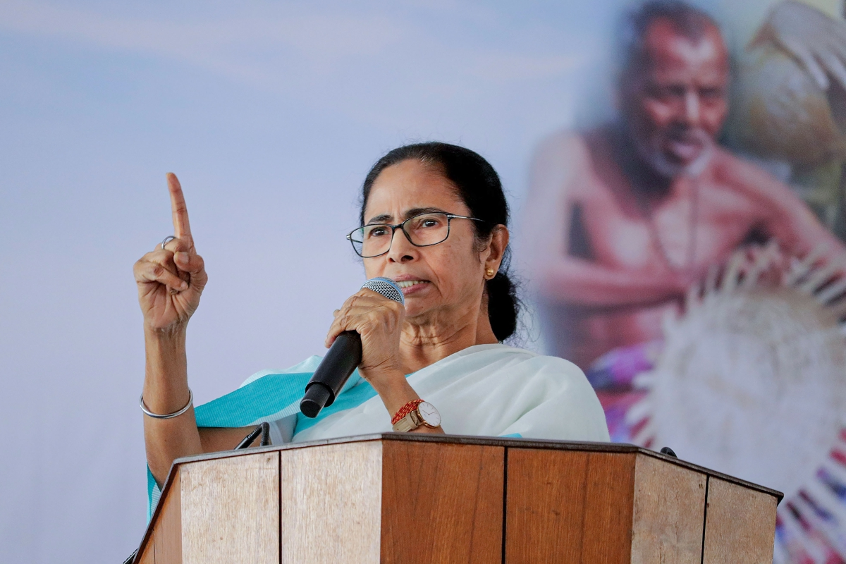 बंगाल में कोरोना के एक्टिव मामले 61, पिछले दो दिनों में 12 नये मरीज : ममता बनर्जी
