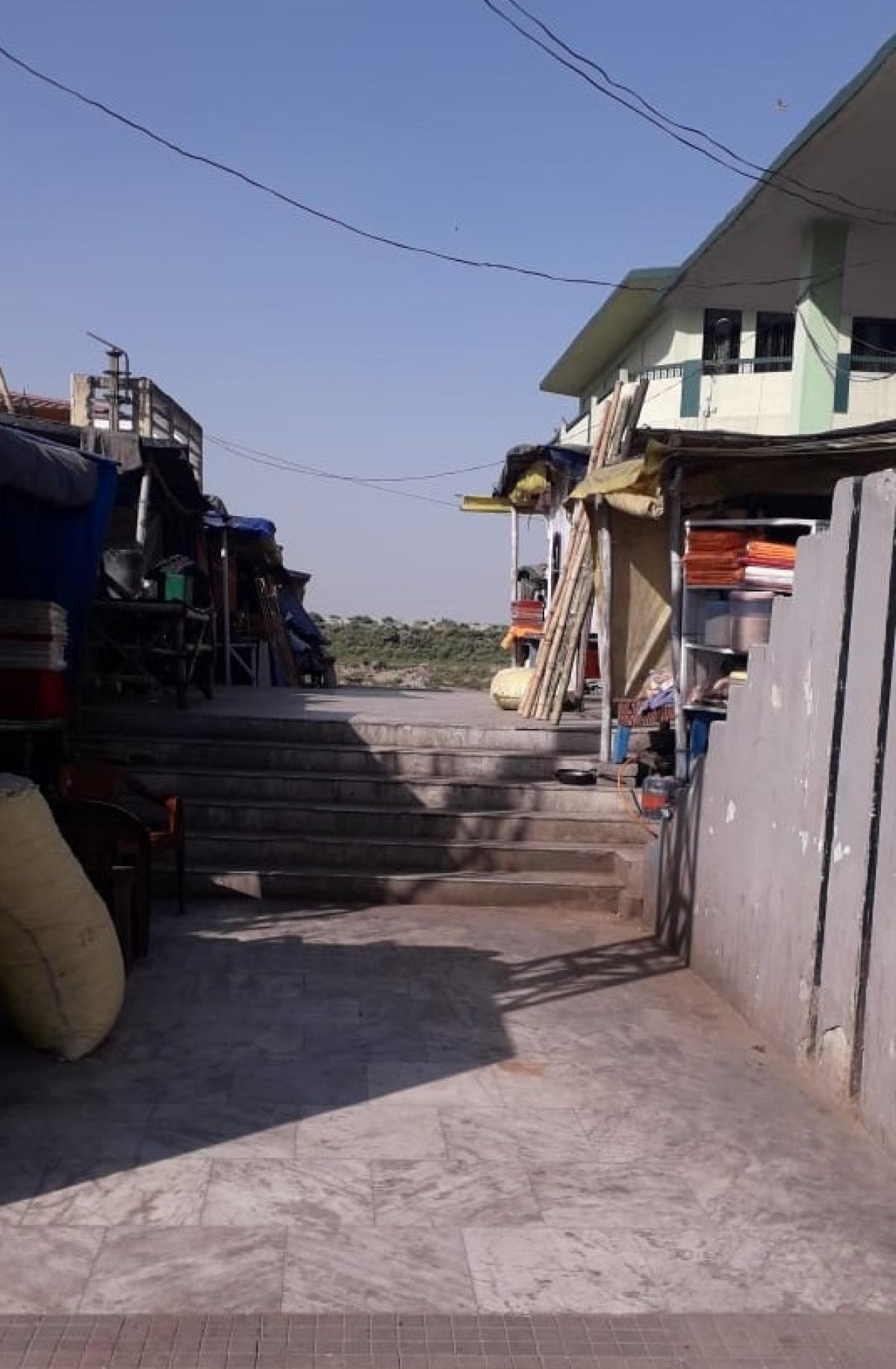 कोरोना का खौफ : अंतिम यात्रा में भी नहीं मिल पा रहा परिजनों का साथ
