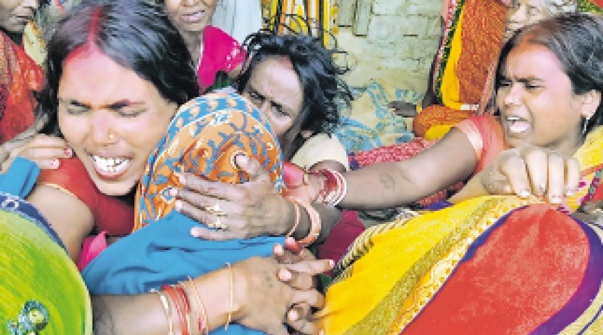 मुजफ्फरपुर में स्कॉर्पियो व ट्रैक्टर में भीषण टक्कर, 12 लोगों की मौत