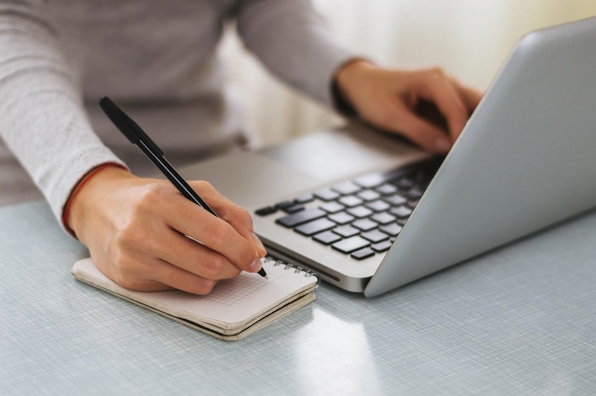 रेडियो खांची और ब्लॉग से पढ़ाई की राह आसान