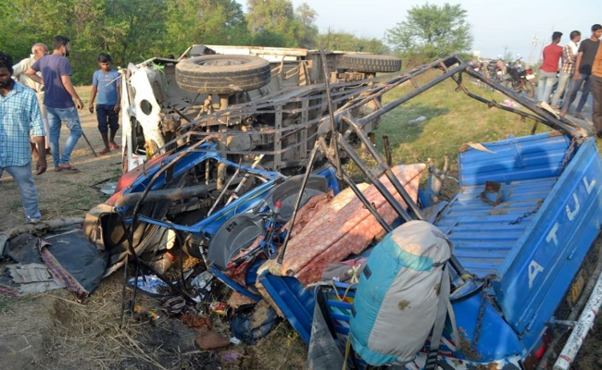बिहार में दर्दनाक सड़क हादसा, तेज रफ्तार पिकअप वैन ने ऑटो में मारी टक्कर, 3 की मौत
