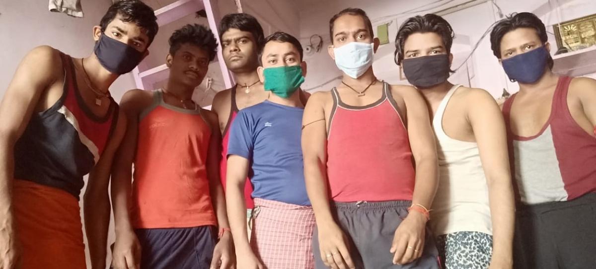 Coronavirus Lockdown Effect : मुंबई में फंसे नावाडीह गांव के 300 युवकों ने हेमंत सोरेन से घर वापसी कराने की लगायी गुहार