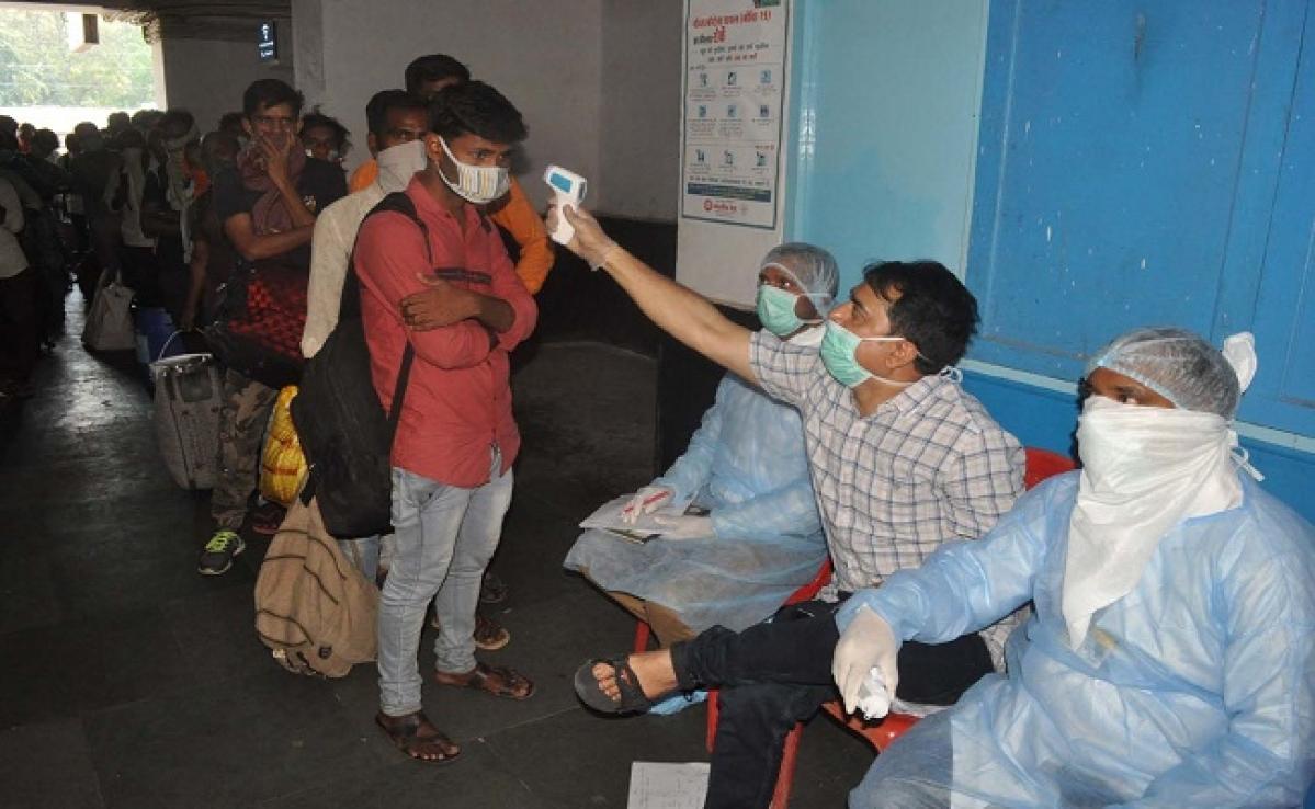 Coronavirus : एर्नाकुलम एक्सप्रेस से बक्सर में उतरे पांच सौ यात्री, 15 मिले कोरोना संदिग्ध
