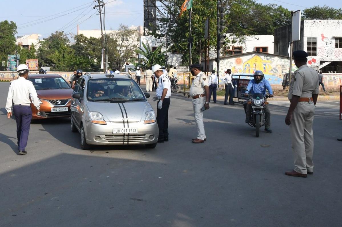 Lockdown : वाहन मालिकों को बड़ी राहत : खत्म हुए कागजात की वैधता 30 जून तक बढ़ी, वाहन मालिकों को परेशान नहीं करने का निर्देश
