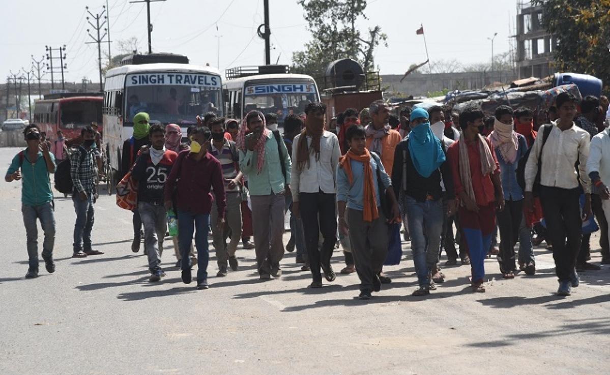 Lockdown : प्रवासी मजदूरों के पलायन को लेकर बिहार के मंत्री ने दिल्ली सरकार पर लगाया ये बड़ा आरोप