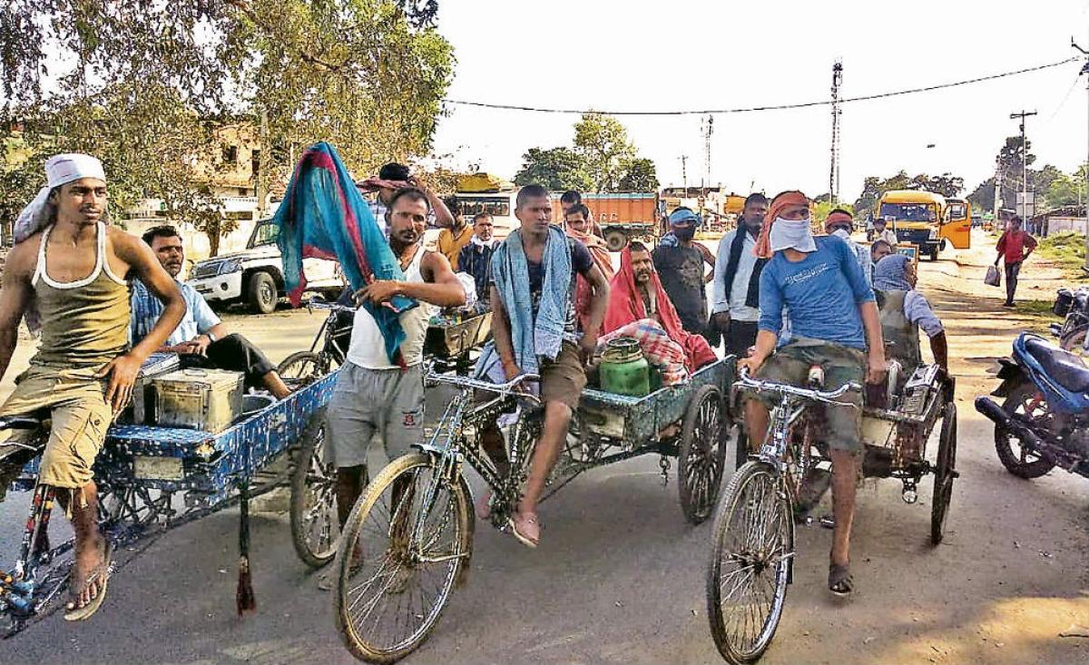 कोरोना से जंग : दूसरे राज्यों में फंसे लोगों को तुरंत मदद पहुंचाएं : नीतीश  कुमार