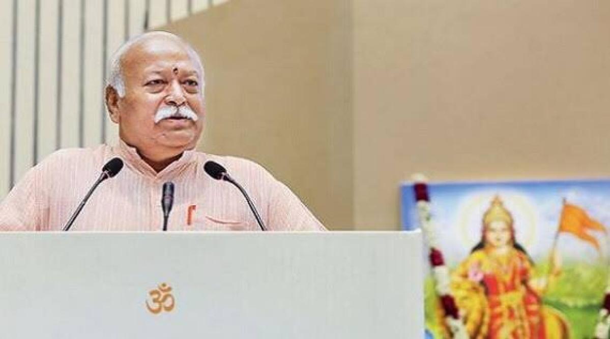 संघ प्रमुख मोहन भागवत ने किया लॉकडाउन का समर्थन, कहा- कोरोना से इस लड़ाई में RSS सरकार के साथ