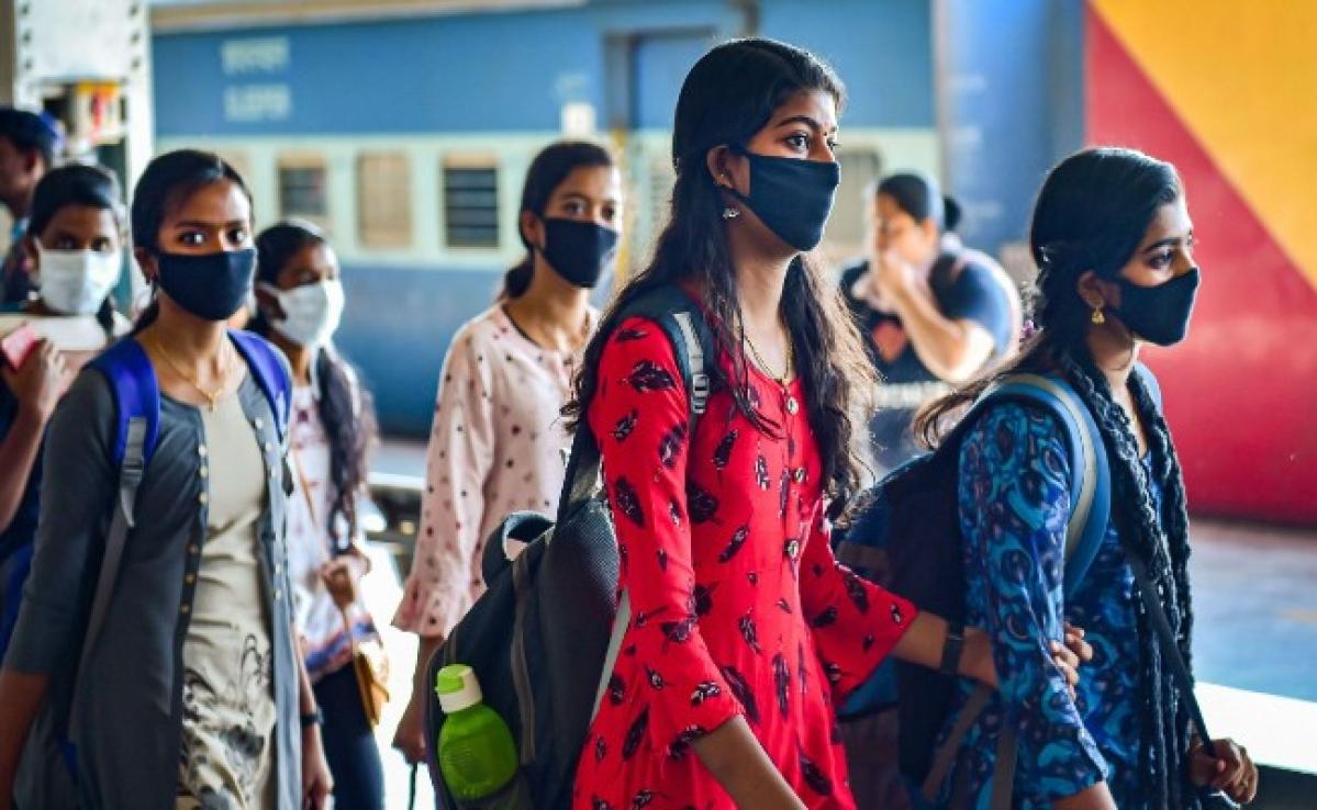 Coronavirus Pandemic : भारत में कोरोना से 27 की मौत, संक्रमित लोगों की संख्या बढ़कर 1024 हुई