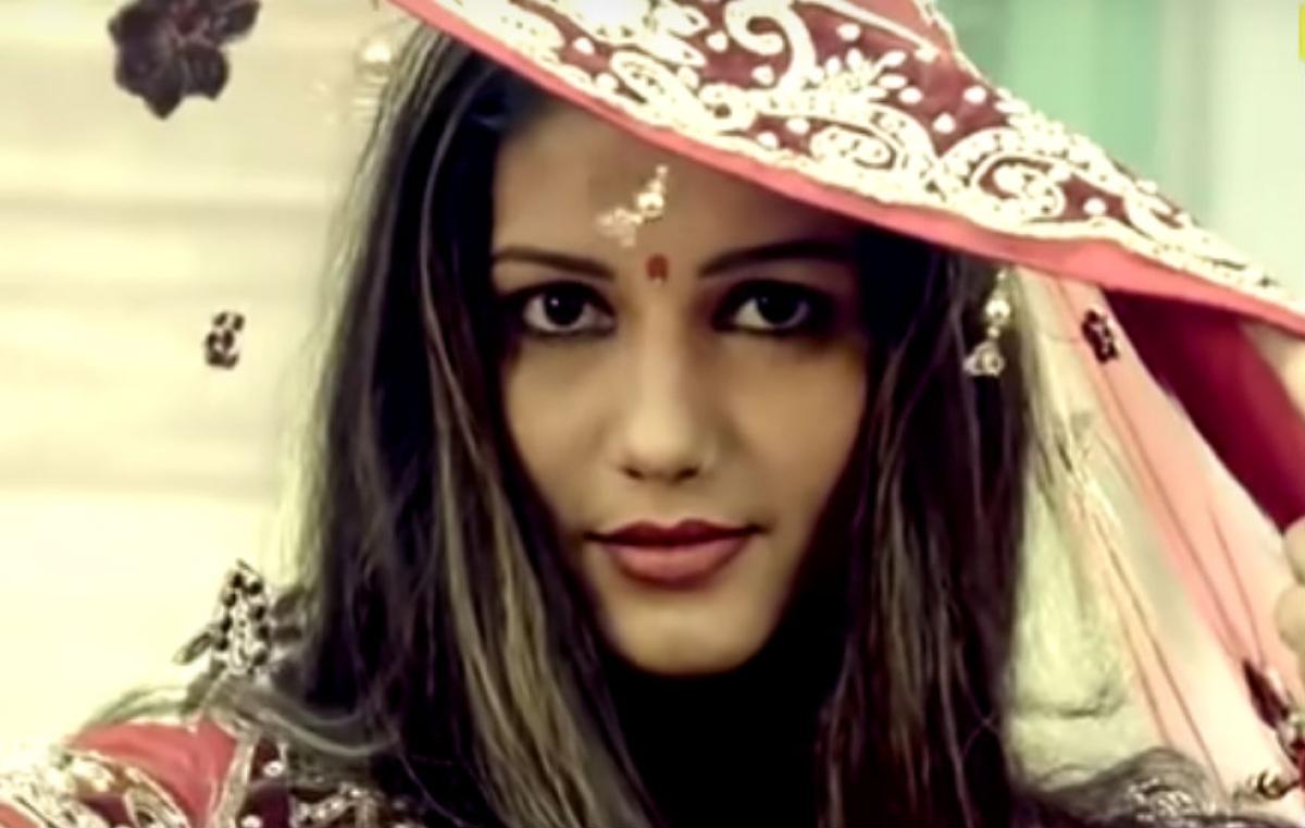Sapna Chaudhary का 'घूंघट' लूट लेगा दिल, इन वीडियोज ने सोशल मीडिया पर मचाई धूम