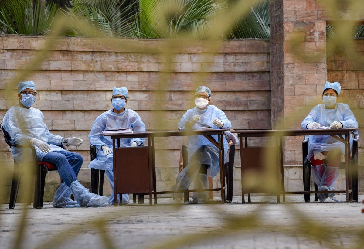 Coronavirus Pandemic : अगले दो महीनों में देश में N95 मास्क, पीपीई और टेस्ट किट की बढ़ेगी मांग
