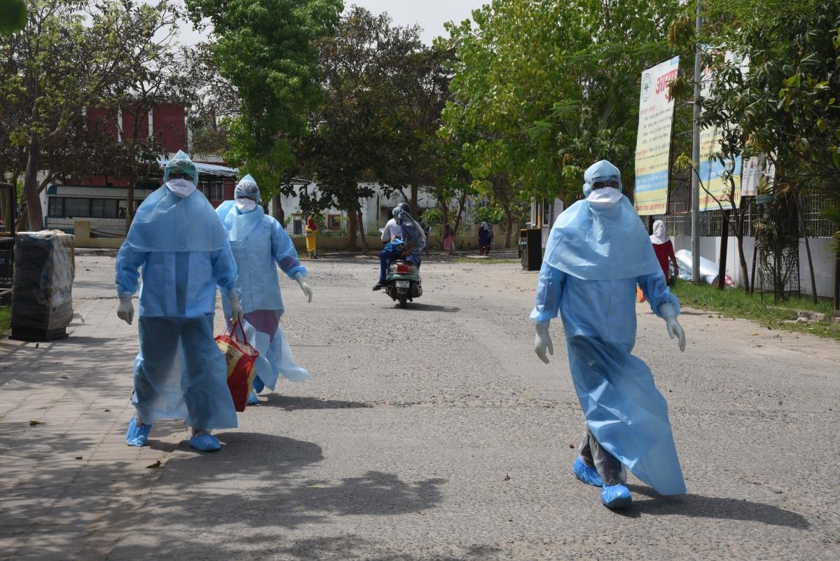 Coronavirus LIVE update Bihar : कोरोना पॉजिटिव मरीजों की संख्या 39 हुई, लॉकडाउन में सख्ती बनाये रखने के आदेश
