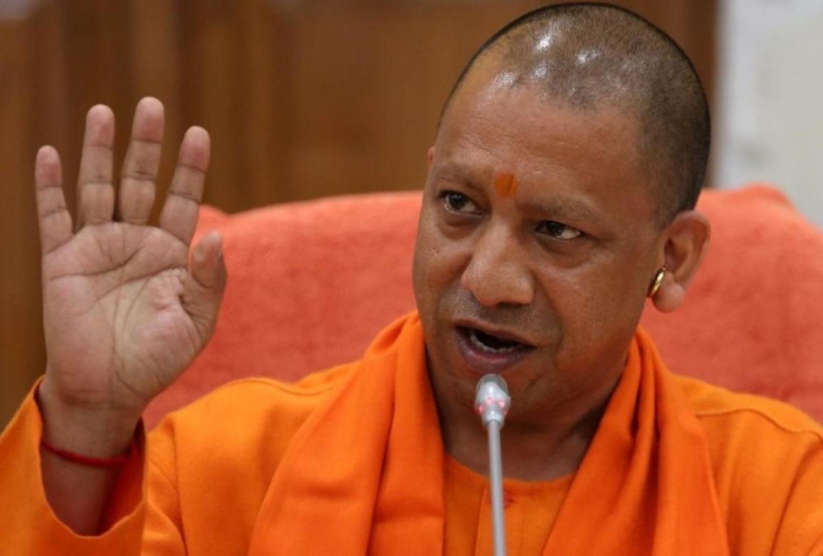 लॉकडाउन : UP के 11 लाख श्रमिकों के खाते में  योगी सरकार ने भेजे 1-1 हजार रुपए