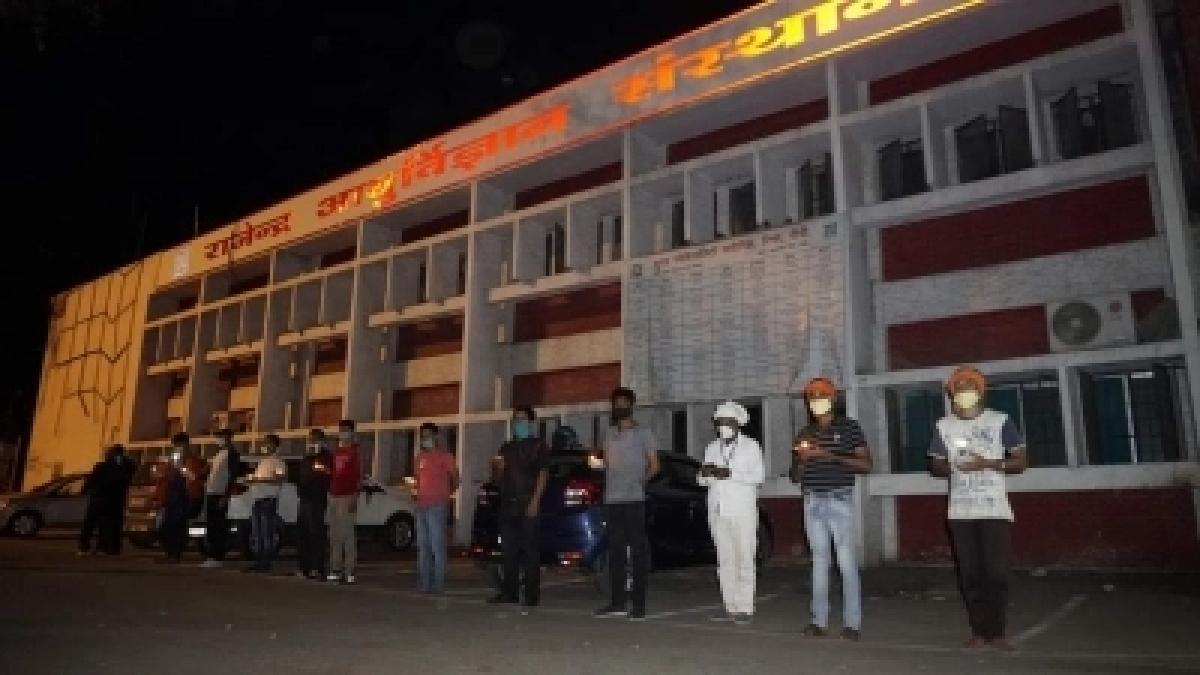 Jharkhand corona live : राज्यपाल द्रौपदी मुर्मू ने कोरोना से निपटने के लिए चिकित्सा उपकरण के लिए राष्ट्रपति से करेंगी अनुरोध