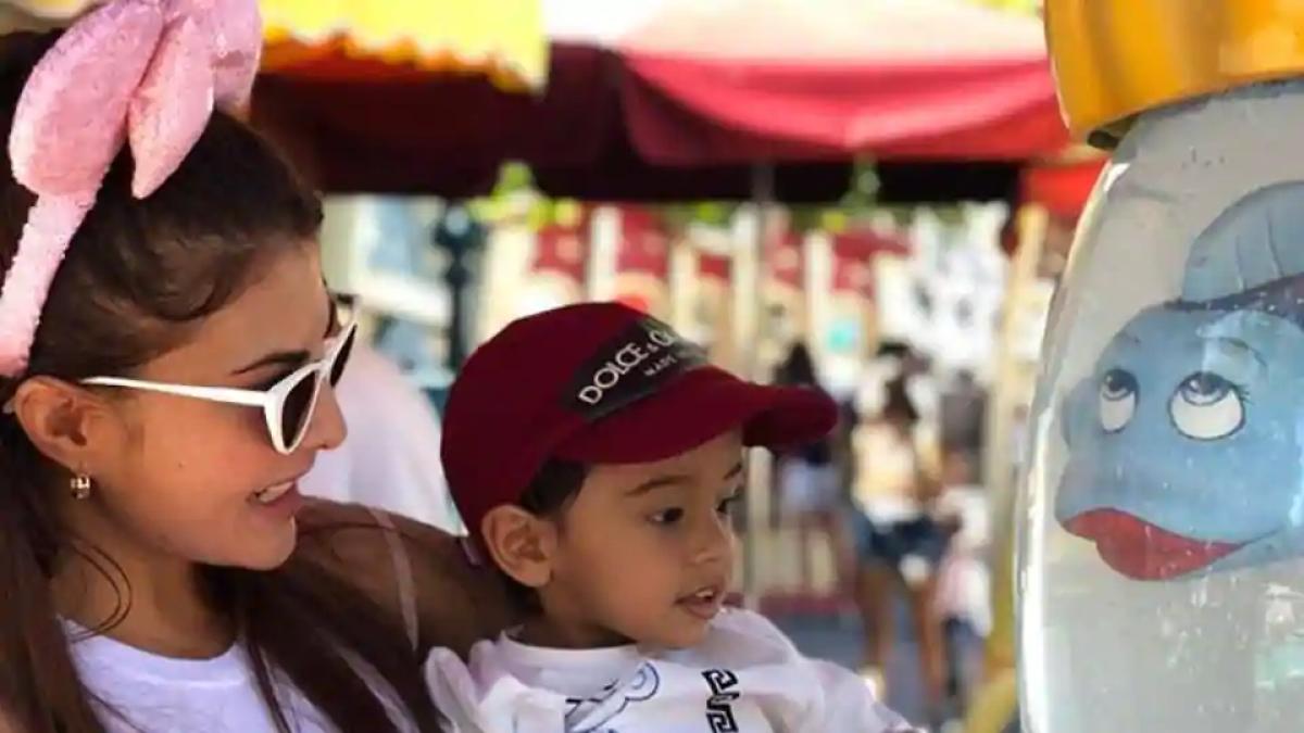 Salman Khan के भांजे आहिल के साथ जैकलीन फर्नांडिस कर रही खूब मस्ती, Viral Video