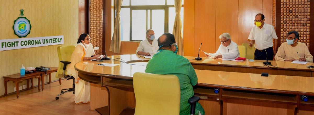 कोविड-19 के आंकड़ों पर ममता सरकार और भाजपा के बीच हो सकती है तनातनी, सरकार ने सर्वाधिक प्रभावित 7 क्षेत्रों की पहचान की